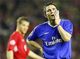 Nỗi buồn của Lampard là nụ cười của cầu thủ Liverpool.