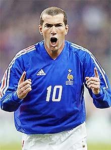 Zidane sẽ trở lại trong màu áo xanh dương.