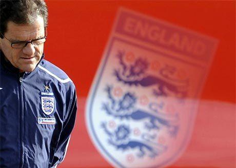 Capello, sau nhiều lần thử nghiệm thất bại, đã gần tìm ra phương án kết hợp 2 người học trò xuất sắc ở tuyển Anh. Ảnh: Empics.