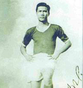 Danh thủ Phạm Văn Rạng khi còn là cầu thủ.