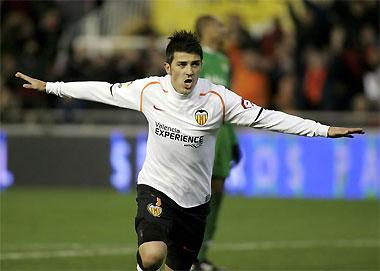 David Villa từng được Barca nhọc công chiêu mộ mà không thành.