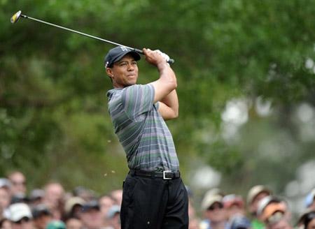 Tiger Woods tin có thể vô địch ngay trong lần đầu tái xuất. Ảnh: AFP.