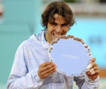 Rafael Nadal khát khao tìm lại hình bóng ông vua sân đất nện.