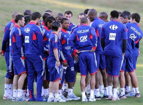 Quyết định tẩy chay tập luyện của các tuyển thủ đang gây bất bình lớn trong dư luận Pháp. Ảnh: AFP.