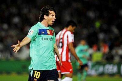 Messi và đồng đội cần thắng để có thể tự quyết định vị trí dẫn đầu vòng bảng.