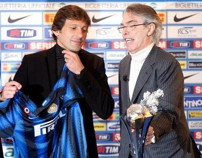 Leonardo (trái) và Chủ tịch Moratti của Inter.