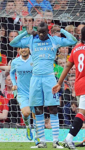 Balotelli cùng đồng đội đã có một chiến thắng đậm ngoài sức tưởng tượng trước Man Utd.