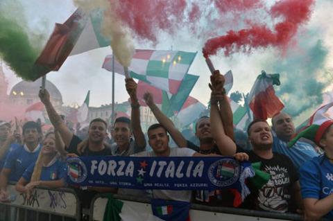 Fan Italy