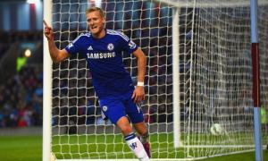 Chelsea 16 năm liền bất bại trong ngày mở màn