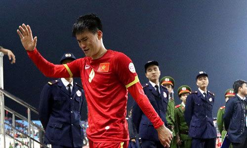 Tuyển thủ Việt bật khóc khi giấc mơ tan vỡ