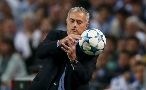 mourinho-chelsea-thua-vi-hai-sai-lam-nuc-cuoi