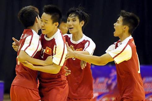 viet-nam-vuot-hc-dong-giai-futsal-dong-nam-a-trong-phut-chot