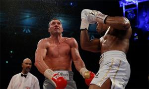 Mike Tyson: 'Trận Joshua knock-out Klitschko đã thay đổi boxing'