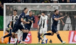 Man Utd ngược dòng hạ Juventus trong bốn phút cuối