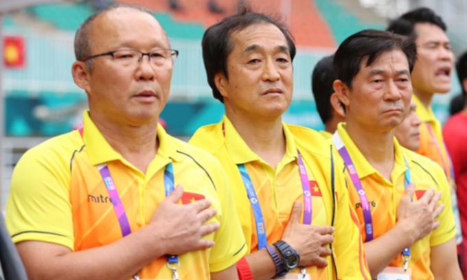 HLV Park Hang-seo có trợ lý thể lực mới
