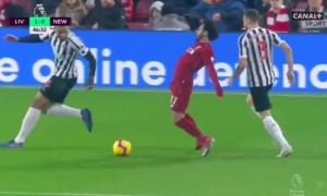 Salah có thể chịu phạt vì nghi án ngã vờ kiếm penalty