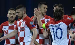Croatia thắng đậm trên sân Slovakia