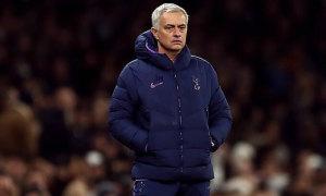 Mourinho mua cầu thủ nhiều nhất giới HLV
