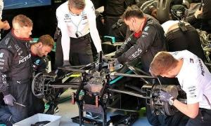 Mercedes sáng chế vô-lăng ba chiều