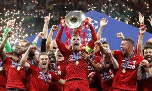 Người cũ không muốn trao danh hiệu cho Liverpool