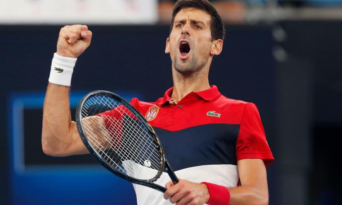Mẹ Djokovic: 'Con trai tôi thi đấu tối đa được 5 năm nữa'