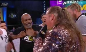 Mike Tyson gây hỗn chiến ở sự kiện võ tự do