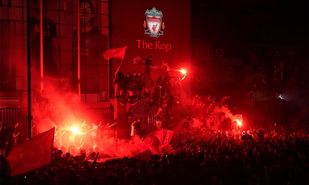 Liverpool và chức vô địch cứu cả thành phố
