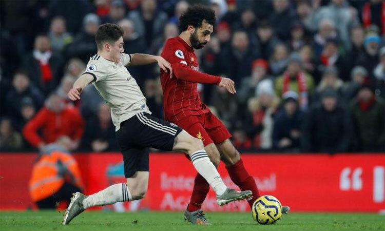 Liverpool nới rộng cách biệt danh hiệu với Man Utd