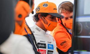 Sainz: 'Ferrari cần bước tiến lớn ở mùa sau'