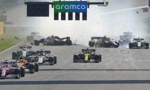 Hamilton về nhất trong chặng đua nhiều sự cố