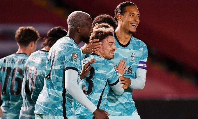 Liverpool đại thắng 7-2