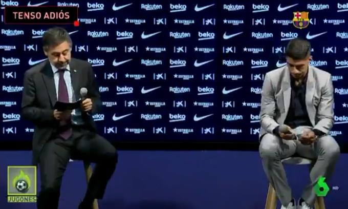 Suarez từ chối chụp ảnh cùng Chủ tịch Barca