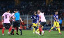 Ngoại binh Hà Tĩnh: 'Ở quê tôi, trọng tài không như V-League'