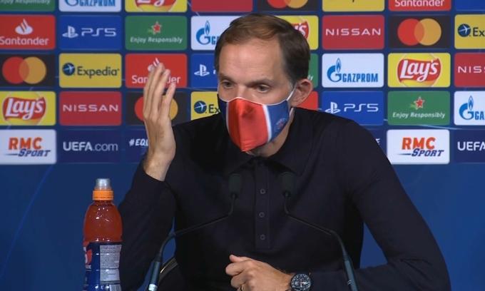 HLV Tuchel: 'Cầu thủ PSG hành động kỳ lạ'