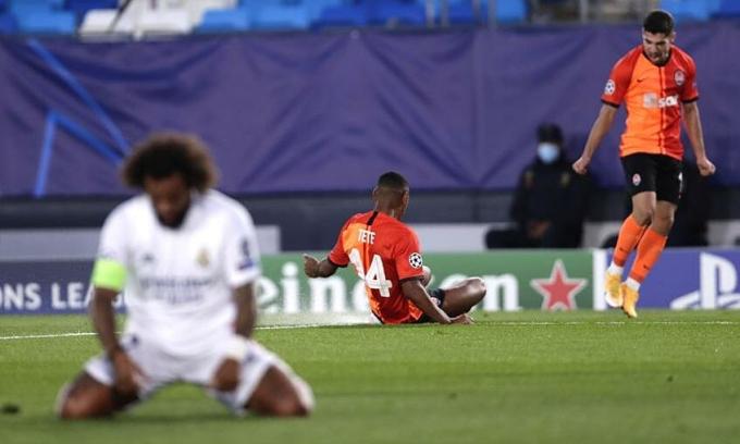 Real thua trận ra quân Champions League