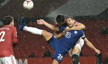 Đội trưởng Chelsea: 'VAR bỏ qua vụ Maguire kẹp cổ tôi'