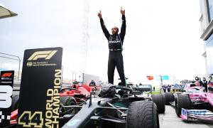 Hamilton bắt kịp kỷ lục bảy lần vô địch F1 của Schumacher