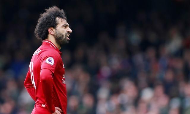 Salah nghỉ ba trận của Liverpool