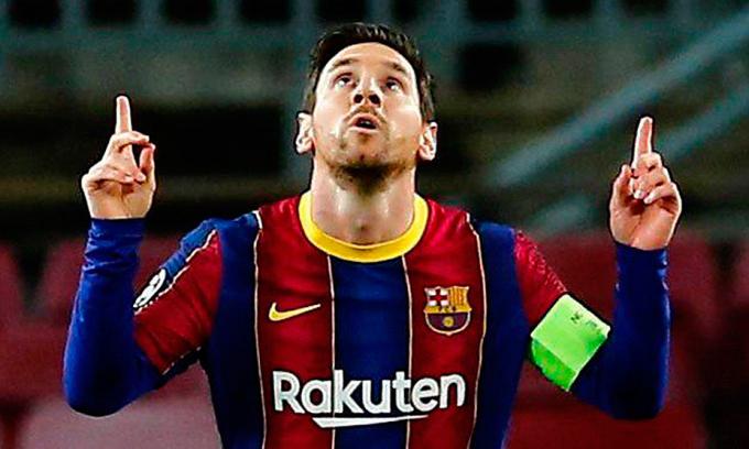 Báo Anh: 'Man City muốn ký hợp đồng 10 năm với Messi'