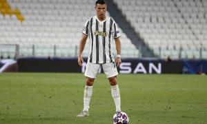 Ronaldo sút phạt thành công dưới 3% trong bốn năm
