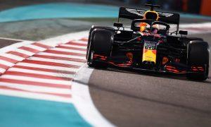 Verstappen thắng chặng cuối mùa F1 2020