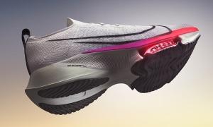 Giày Nike tiếp sức những đôi chân chạy
