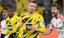 Dortmund bị đội bét bảng cầm chân