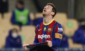 Messi nguy cơ bị treo giò 12 trận