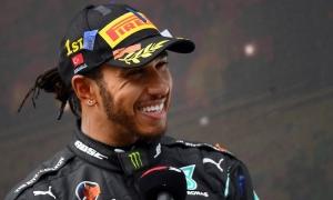 Hamilton gia hạn với Mercedes