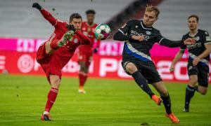 Bayern thoát thua trong trận cầu sáu bàn