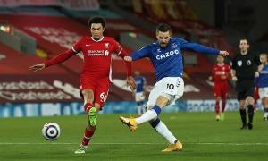 Liverpool thua trận thứ tư liên tiếp ở Anfield