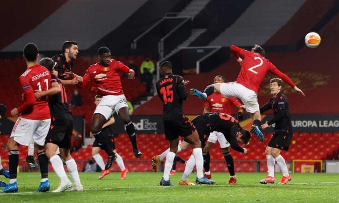 Man Utd vào vòng 1/8 Europa League
