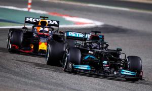 Hamilton: 'Verstappen khiến tôi nhớ lại những ký ức tồi tệ'