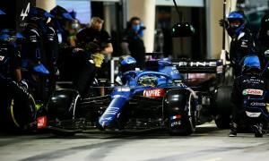 Mẩu giấy khiến Fernando Alonso bỏ cuộc ở ngày tái xuất F1